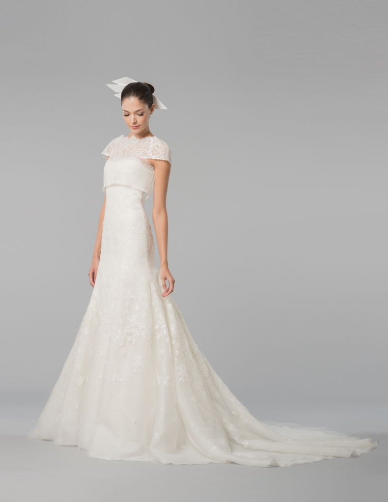 Carolina-Herrera-autumn-winter-2015-bridal- (3)